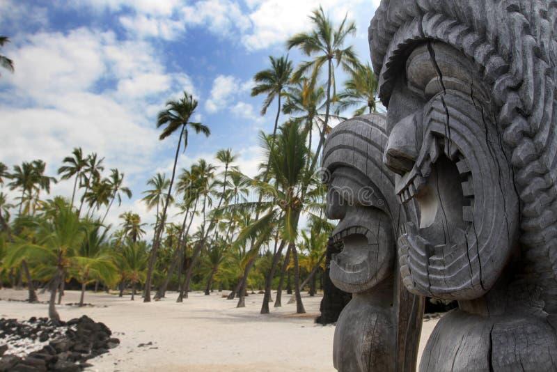 της Χαβάης tikis στοκ φωτογραφία