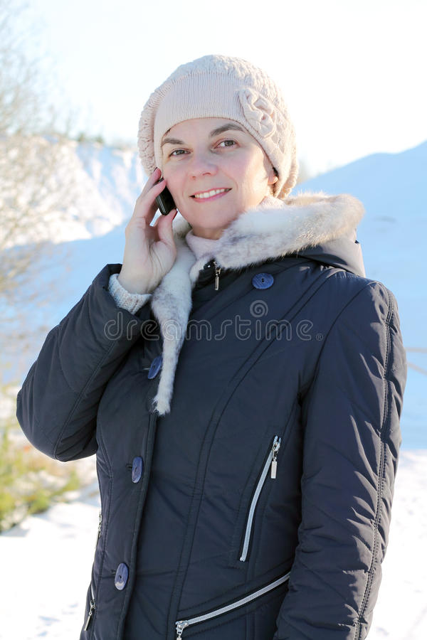 τηλεφωνική γυναίκα διαλογικού παραθύρου s συνομιλίας στοκ φωτογραφία με δικαίωμα ελεύθερης χρήσης