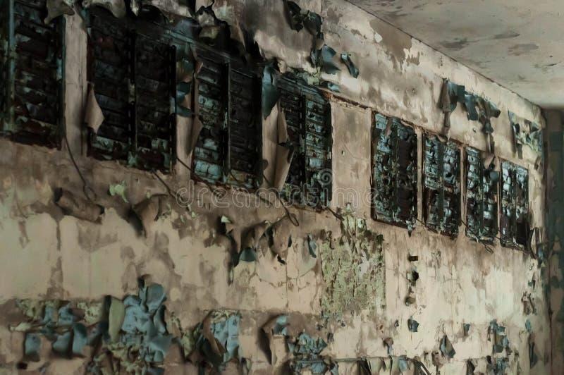 Τοίχοι στη σχολική τάξη στην τάξη στο σχολείο σε Pripyt στοκ εικόνες
