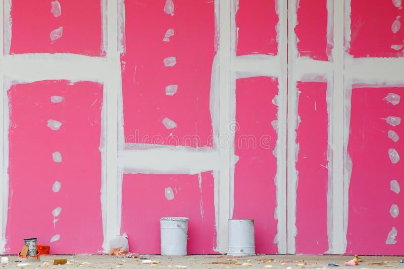 Τοίχος γύψου με τις ενώσεις στοκ εικόνες