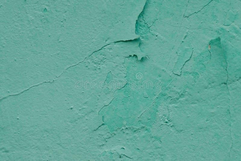 Τοίχος με το παλαιό exfoliating χρώμα μεντών χρωμάτων στοκ φωτογραφία με δικαίωμα ελεύθερης χρήσης