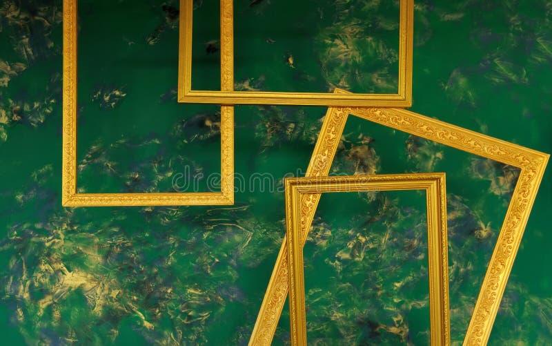 Τοίχος με το πλαίσιο στοκ εικόνες με δικαίωμα ελεύθερης χρήσης