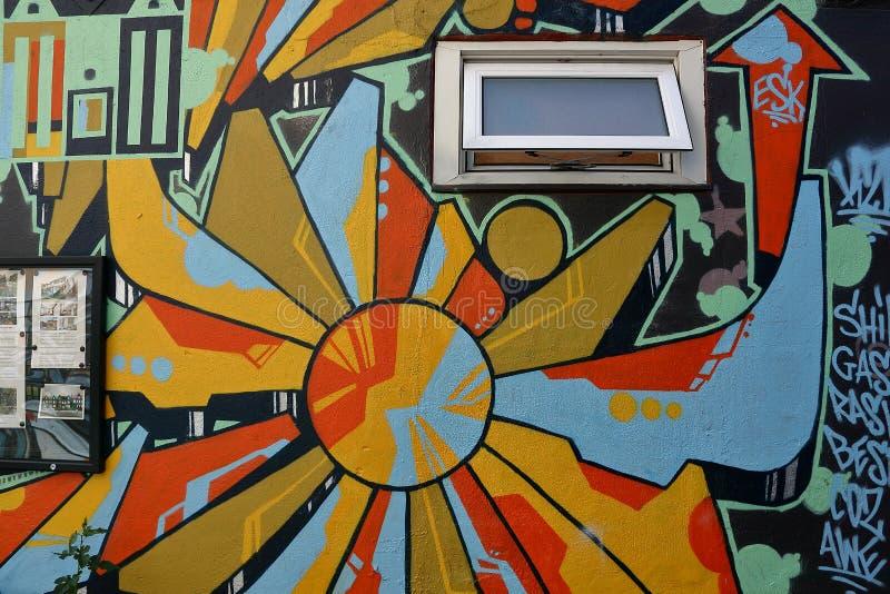 Τοίχος που χρωματίζει το spadaina του Τορόντου του 2016 στοκ εικόνα