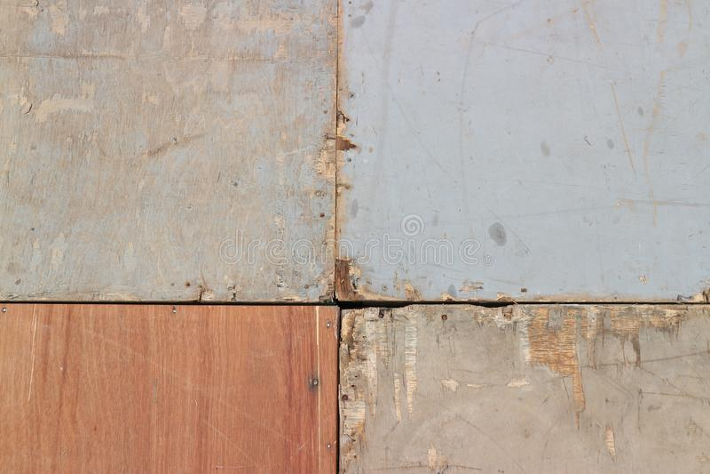 Τοίχος σπιτιών φιαγμένος από κοντραπλακέ στοκ εικόνα με δικαίωμα ελεύθερης χρήσης