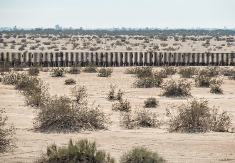 Τοίχος συνόρων στην αυτοκρατορική κοιλάδα, Καλιφόρνια στοκ εικόνα με δικαίωμα ελεύθερης χρήσης