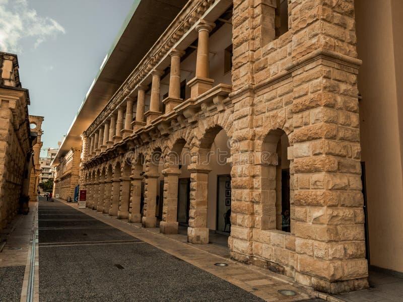 Τοίχος του shoppingmall σε Valletta στοκ εικόνες
