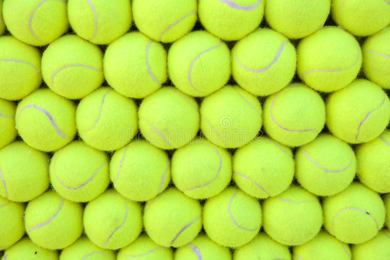 Τοίχος των σφαιρών αντισφαίρισης που ευθυγραμμίζονται - υπόβαθρο στοκ εικόνες