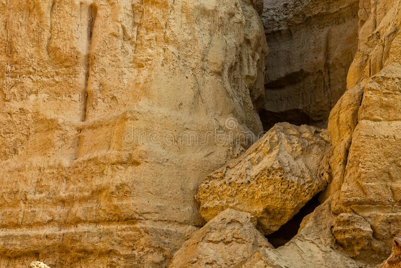 Τοίχος των φαραγγιών στην έρημο Namibe Με τον ήλιο Αφρική _ στοκ φωτογραφία με δικαίωμα ελεύθερης χρήσης