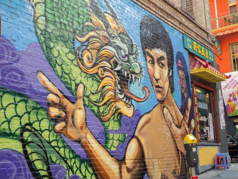 Τοιχογραφία δράκων του Bruce Lee σε Chinatown, Σαν Φρανσίσκο στοκ εικόνες
