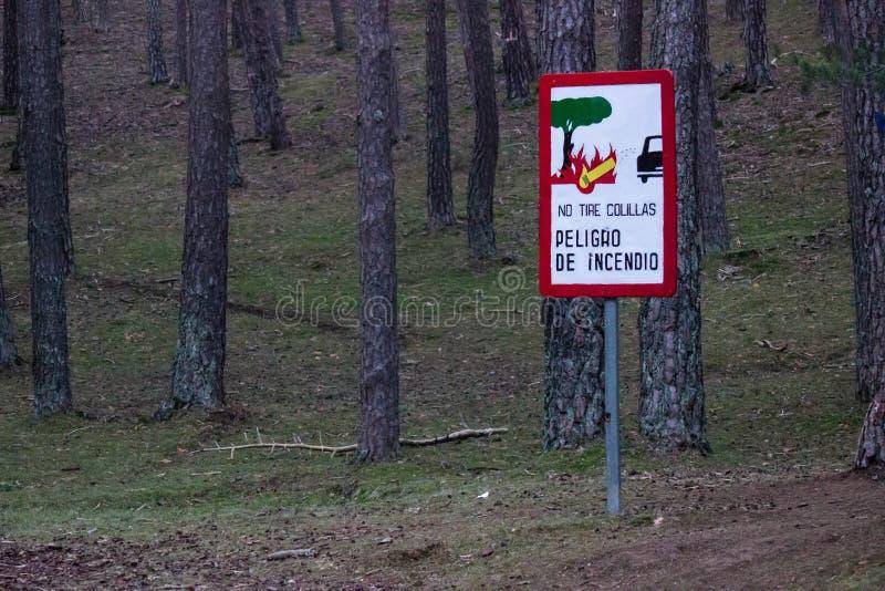 τομέας πυρκαγιάς κινδύνου σημάτων στοκ φωτογραφίες με δικαίωμα ελεύθερης χρήσης