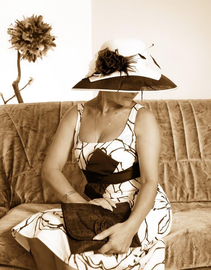 τονισμένη σέπια γυναίκα ει στοκ φωτογραφία
