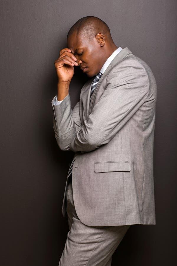 Τονισμένο άτομο αφροαμερικάνων στοκ φωτογραφία με δικαίωμα ελεύθερης χρήσης