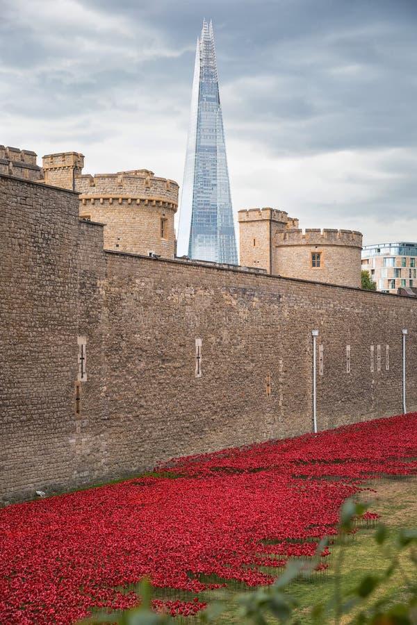 Τον Αύγουστο του 2014 - Λονδίνο, Ηνωμένο Βασίλειο: Σχεδόν 900.000 κεραμικός λαϊκός στοκ εικόνα με δικαίωμα ελεύθερης χρήσης
