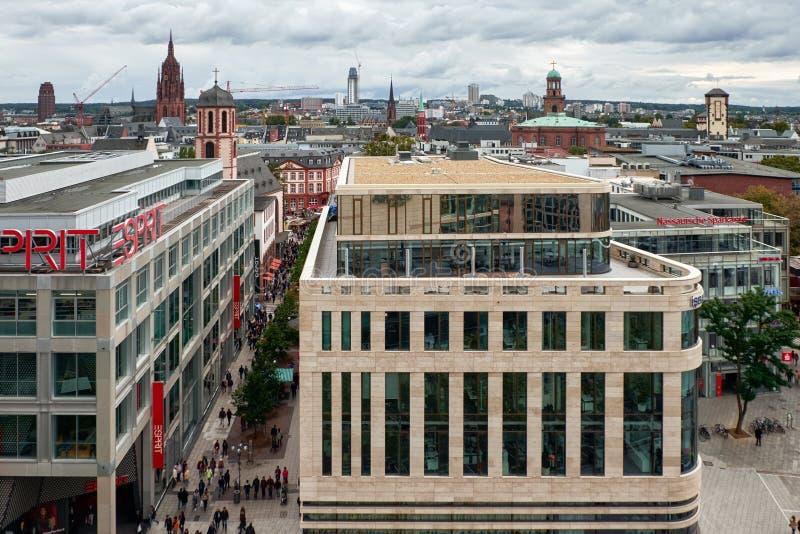 Τον Οκτώβριο του 2016, Φρανκφούρτη Αμ Μάιν, Fgermany - δείτε από την κορυφή ενός κτηρίου, πανόραμα πόλεων στοκ φωτογραφία με δικαίωμα ελεύθερης χρήσης
