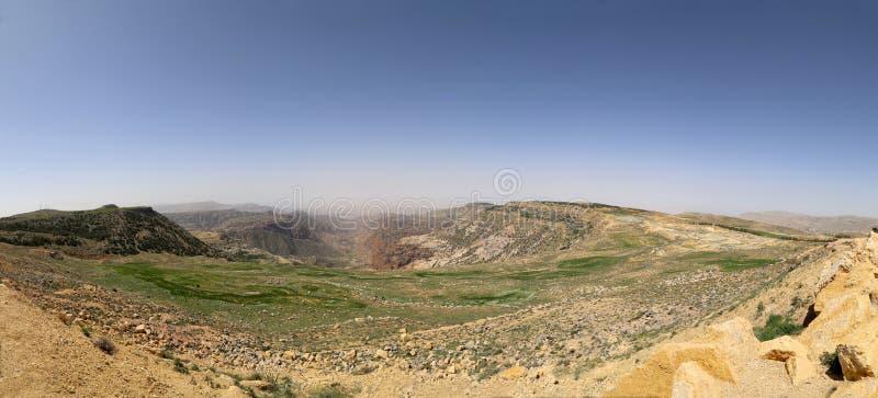 Τοπίο βουνών ερήμων πανοράματος, Ιορδανία στοκ φωτογραφία