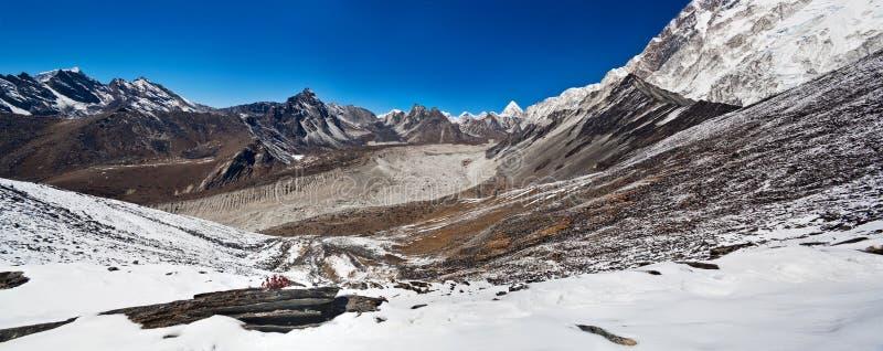 Τοπίο βουνών σε Sagarmatha, Νεπάλ στοκ εικόνες