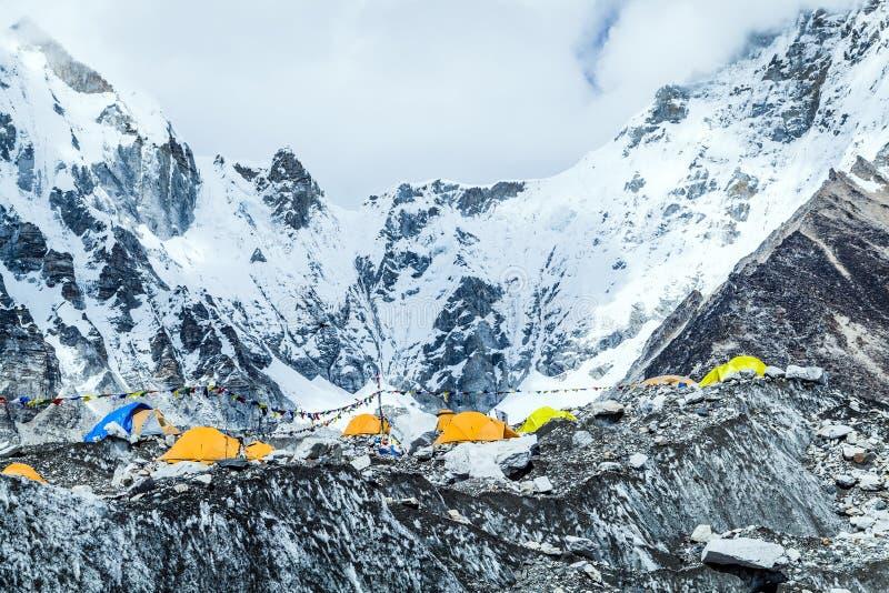 Τοπίο βουνών στρατόπεδων βάσεων Everest στοκ φωτογραφία