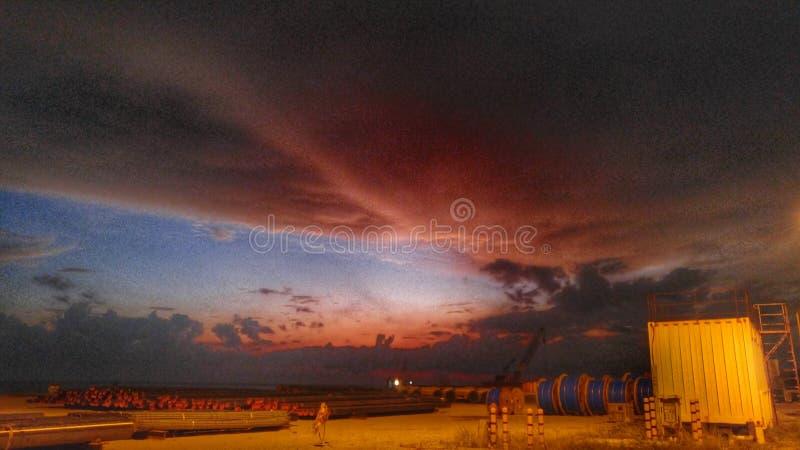 Τοπίο ηλιοβασιλέματος μετά από την εργασία g4 στοκ εικόνα με δικαίωμα ελεύθερης χρήσης
