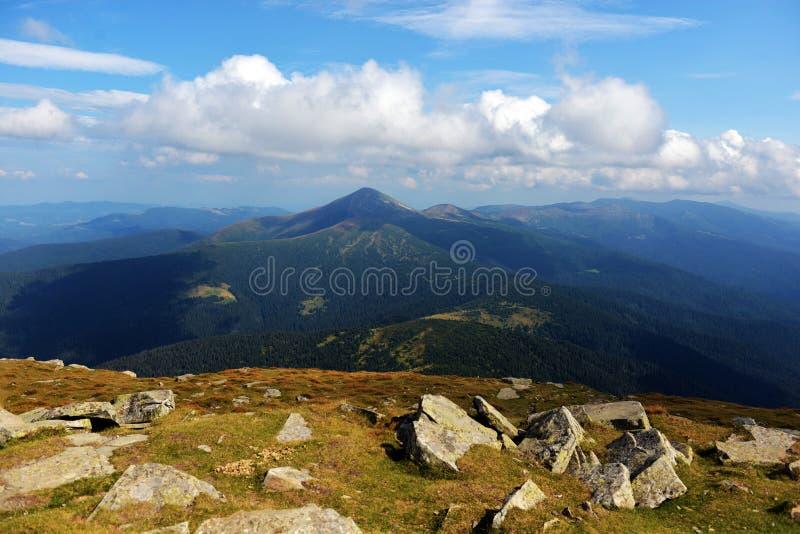 Τοπίο και άποψη του βουνού Goverla στοκ φωτογραφία