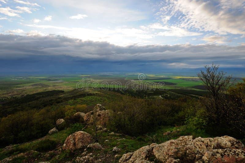Τοπίο με τα σύννεφα θύελλας στοκ φωτογραφία με δικαίωμα ελεύθερης χρήσης