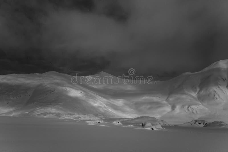 Τοπίο νύχτας της Αρκτικής στοκ φωτογραφία