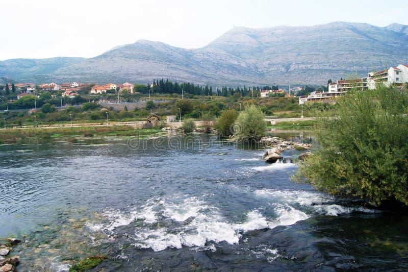 Τοπίο ποταμών σε Trebinje στοκ εικόνα με δικαίωμα ελεύθερης χρήσης