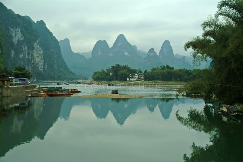 τοπίο ποταμών guilin lijiang στοκ εικόνες