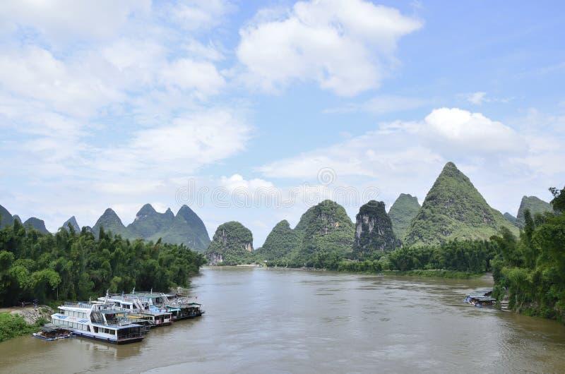 Τοπίο ποταμών Lijiang Yangshuo στοκ εικόνα