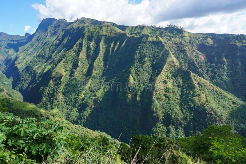 Τοπίο Ταϊτή γαλλική Πολυνησία βουνών στοκ φωτογραφία με δικαίωμα ελεύθερης χρήσης