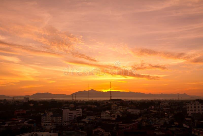 Τοπίο της ανατολής στη χώρα της Ταϊλάνδης στοκ εικόνες