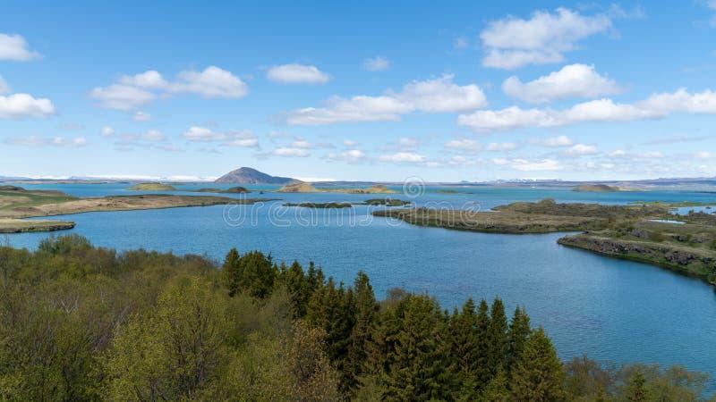 Τοπίο της λίμνης Myvatn στη Βόρεια Ισλανδία στοκ φωτογραφία με δικαίωμα ελεύθερης χρήσης