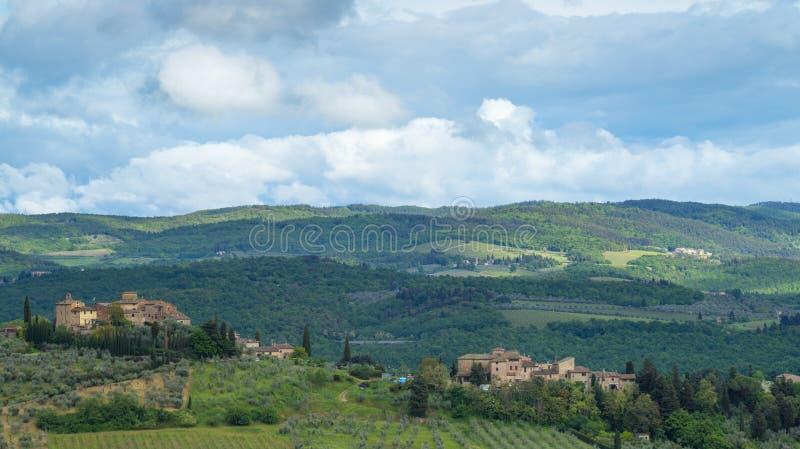 Τοπίο της Τοσκάνης: Οι λόφοι του νότου Chianti της Φλωρεντίας στοκ εικόνα