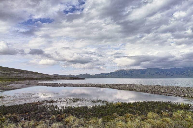 Τοπίο της όχθης της λίμνης στοκ φωτογραφία