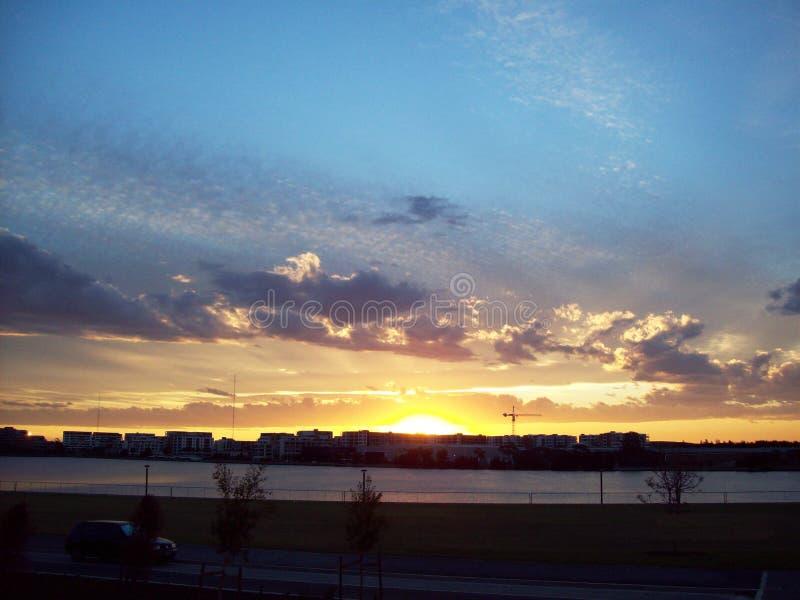 Τοπίο του ηλιοβασιλέματος στο Σίδνεϊ στοκ φωτογραφίες με δικαίωμα ελεύθερης χρήσης
