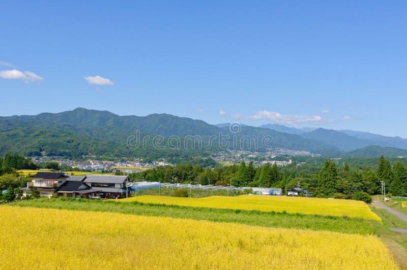 Τοπίο του χωριού Achi στο νότιο Ναγκάνο, Ιαπωνία στοκ εικόνες