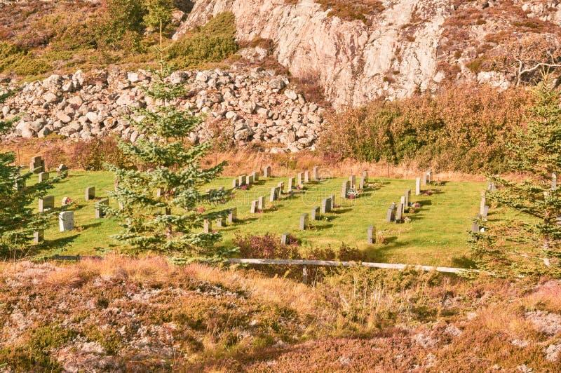Τοπίο φθινοπώρου στο νεκροταφείο στοκ φωτογραφίες με δικαίωμα ελεύθερης χρήσης