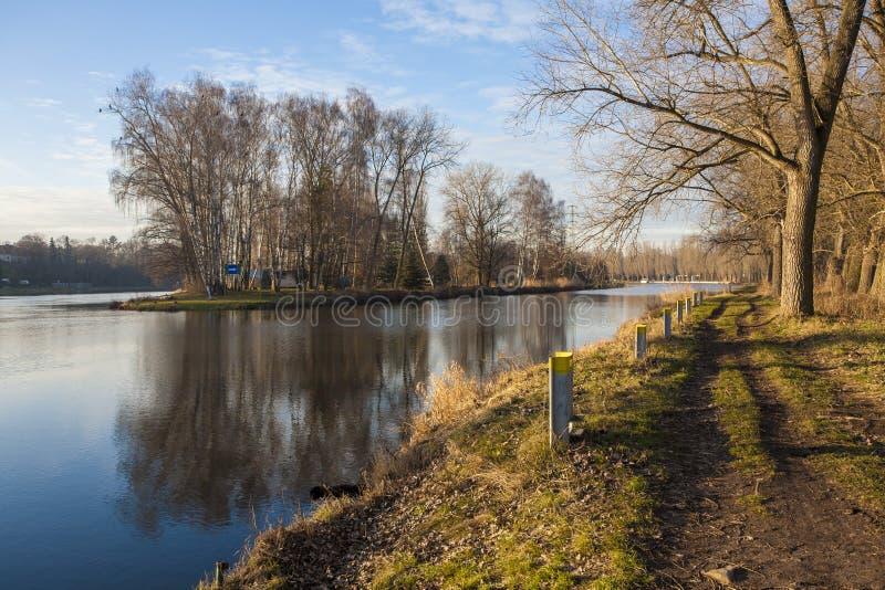 Τοπίο φύσης με Elbe στοκ εικόνα με δικαίωμα ελεύθερης χρήσης