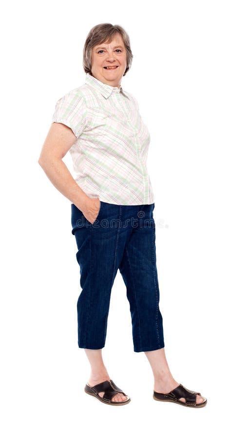 τοποθέτηση γυναικείων παλαιά τσεπών χεριών στοκ φωτογραφία