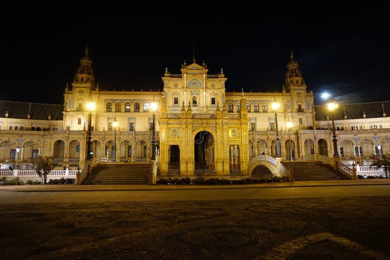 τοποθετήστε τετραγωνικό τουριστικό της Σεβίλης Ισπανία στοκ εικόνα με δικαίωμα ελεύθερης χρήσης