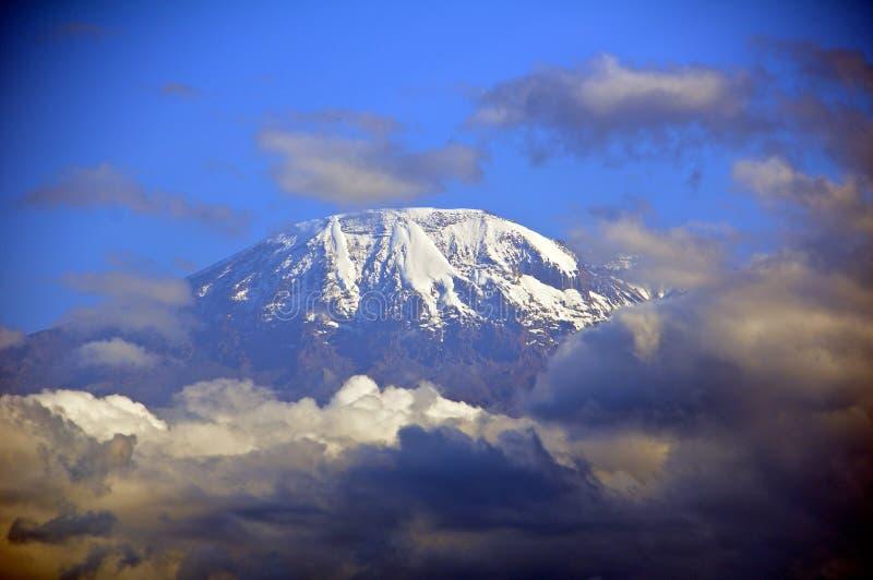 Τοποθετήστε το kilimanjaro στοκ φωτογραφίες