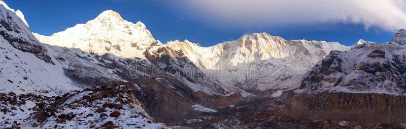Τοποθετήστε Annapurna από το στρατόπεδο νότιων βάσεων Annapurna, Νεπάλ στοκ φωτογραφίες με δικαίωμα ελεύθερης χρήσης