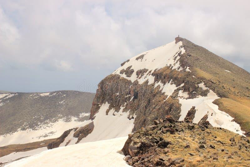 Τοποθετήστε Aragats (νότια αιχμή) στοκ φωτογραφίες με δικαίωμα ελεύθερης χρήσης