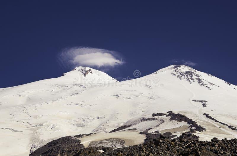 Τοποθετήστε Elbrus στοκ φωτογραφία