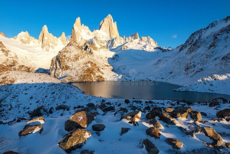 Τοποθετήστε Fitzroy & Laguna de Los Tres, εθνικό πάρκο Los Glaciares, EL Chalten, Παταγωνία, Αργεντινή στοκ φωτογραφία