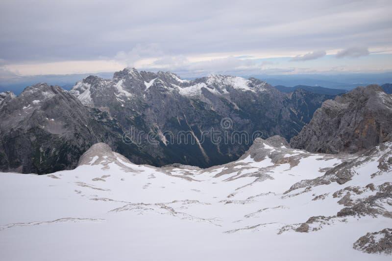 Τοποθετήστε Triglav - ιουλιανές Άλπεις στοκ εικόνες