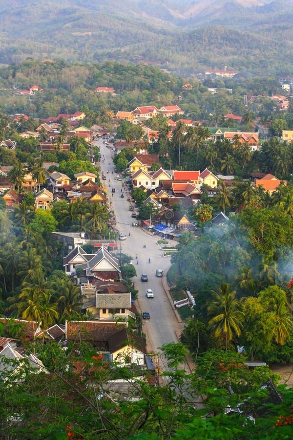 Τοπ άποψη και τοπίο στο luang prabang στοκ εικόνα
