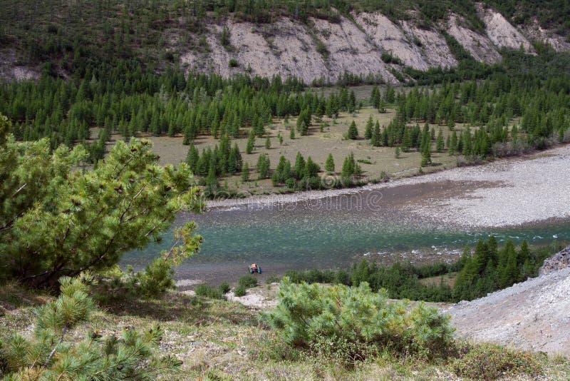Τοπ άποψη του ποταμού βουνών στοκ φωτογραφίες με δικαίωμα ελεύθερης χρήσης