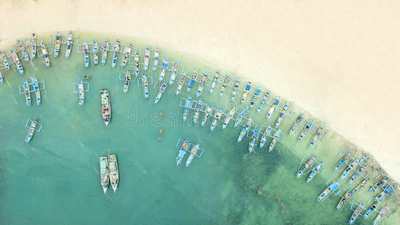 Τοπ άποψη των παραδοσιακών βαρκών ψαράδων στοκ φωτογραφία με δικαίωμα ελεύθερης χρήσης
