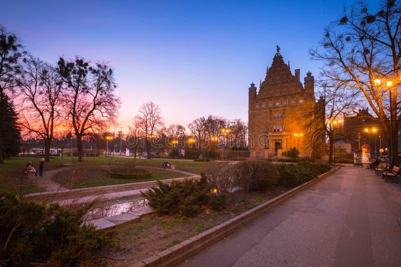 Τορούν, Πολωνία - 30 Μαρτίου 2019: Αρχιτεκτονική της παλαιάς πόλης στο Τορούν στο σούρουπο, Πολωνία Το Τορούν είναι μια από τις π στοκ εικόνα με δικαίωμα ελεύθερης χρήσης