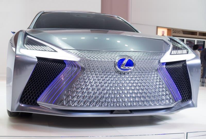 Τορόντο, Καναδάς - 2018-02-19: Μπροστινή άποψη της έννοιας Lexus LS, η οποία επιδείχθηκε στην έκθεση εμπορικών σημάτων Lexus επάν στοκ φωτογραφίες με δικαίωμα ελεύθερης χρήσης